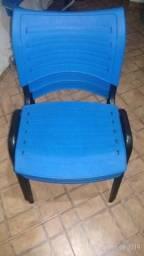 Cadeiras de espera empilhaveis