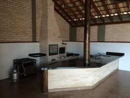Vendo/Alugo Área de Lazer Piscina Churrasqueira 2 Suítes em Sertãozinho-SP