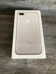 IPhone 7 Plus 128 Gigas Branco Silver Novo Lacrado 1 Ano De Garantia divido no cartão