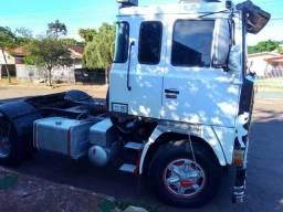 Scania 141 V8 caminhão ajeitando jóia