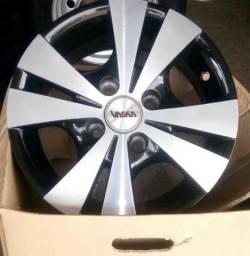 Jogo de rodas novas modelo trevo aro 13 4x100, bicos e montagem grátis