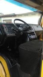 Caminhão 1114 Mercedes Bens - 1995