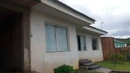 Residência c/ 03 quartos (uma suíte) e amplo terreno no Sta Lucia (Jd. Carvalho) !!