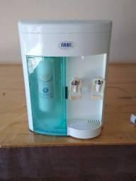 Bebedouro e filtro de água, usado!