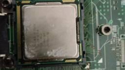 Placa de servidor e processador