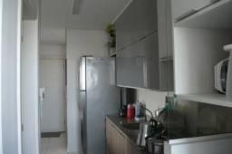 Vendo Cobertura 176m² com moveis planejados e excelente area de lazer.