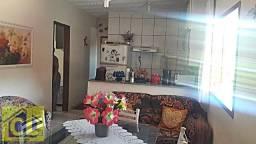Apartamento de 02 quartos, centro de Mangaratiba