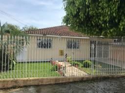 Linda Residência c/ 03 quartos, amplo terreno e churrasqueira no Boa Vista !!