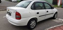 Chevrolet Corsa classic completo vendo troco e financio R$ 18.900,00