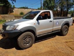 Toyota Hilux SR Cabine Simples