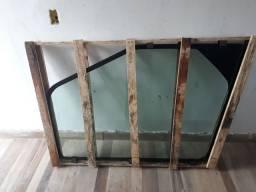 Vidro lateral direito sany 135 (vidro da lança)