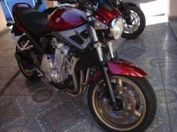Bandit 650 n vermelha 2009-injetada -conservada!