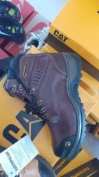 Bota caterpillar $170