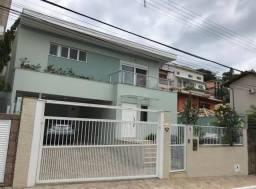 Título do anúncio: DJ- Casa a venda em Parintins/AM