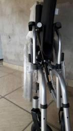 Título do anúncio: Cadeira de rodas