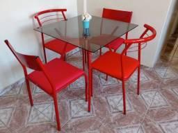 Título do anúncio: Mesa e cadeiras