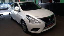 Nissan Versa 1.0 Branco