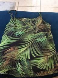 Blusa verde de alcinha
