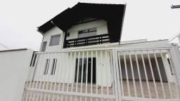 Título do anúncio: Casa com 3 dormitórios para alugar, 158 m² por R$ 2.200,00/mês - Petrópolis - Joinville/SC