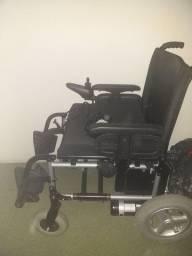 Vendo cadeira  de rodas elétricas