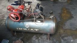 Título do anúncio: Compressor douat 120lbs