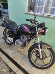 Moto Suzuki EN125 Yes