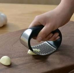 Título do anúncio: 1 pçs aço inoxidável manual de imprensa alho picador alho