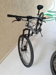 Bicicleta kws (com peças shimano)