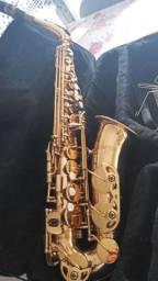 Título do anúncio: Sax sofone em mi.b .omega
