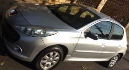 Peugeot/207 HB XR Sport - ar cond, Dir Hid, roda liga, vidro el, alarme