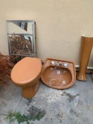 Título do anúncio: Kit banheiro pia, bacia, torneira e espelho