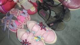 Título do anúncio: Lote Percatas, sapato, e bota para meninas!!!