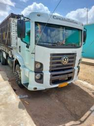 caminhão volkswagen 24250 constellation