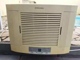 Título do anúncio: Ar condicionado Electrolux Maximus 10.000 BTUs