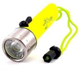 Título do anúncio: Lanterna de Mergulho A Prova Dágua C/ Pilhas Q3 Led Cree 180 Lumens - Pronta Entrega