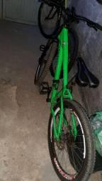 Bike gios (SE NÃO  QUER COMPRAR OU FAZER ALGUM ROLO, NÃO  PERCA OU SEU TEMPO OU O MEU.)