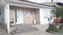 Casa à venda com 3 dormitórios em Vila ipiranga, Porto alegre cod:HM124