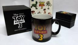 Kit Toy Story de Relógio + caneca + adesivos originais