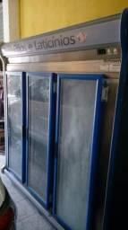 Vendo freezer vertical, corda, cantoneira.