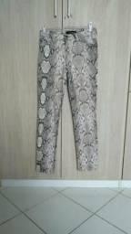 Calça estilosa Le Lis Blanc