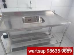Cozinha industrial de inox mesa balcão coifas e duto e exaustor