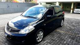 Nissan Tiida Hatch - 2012
