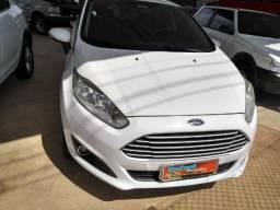 Ford new fiesta - 2015