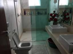 Casa 4 quartos com piscina