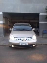 Nissan Livina 1.6 16v completo Aceito troca financiamento etc - 2010