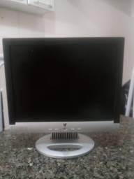 Monitor LCD de 15 polegadas
