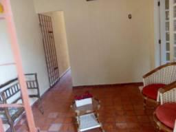 Linda casa pertinho do terminal de j. atlantico,4qtos,excelente local,onibus na porta