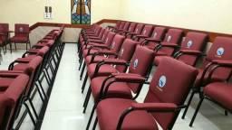 Poltronas para igrejas e auditorio
