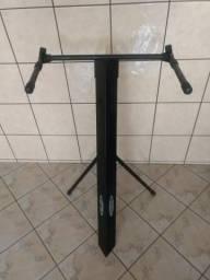 Pedestal pra teclados e piano elétrico