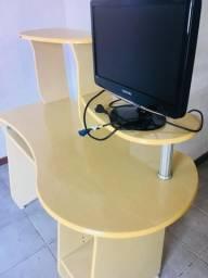 Escrivaninha/mesa pra pc